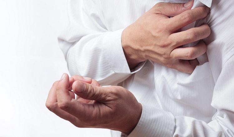 Узнайте все о признаках, симптомах и лечении стенокардии.