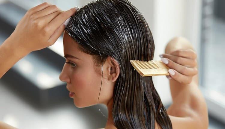 Маски от выпадения волос в идеале надо проводить курсами.