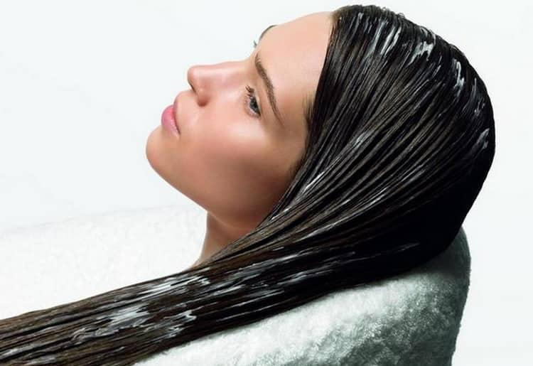 В косметологии такое масло используется для укрепления волос.