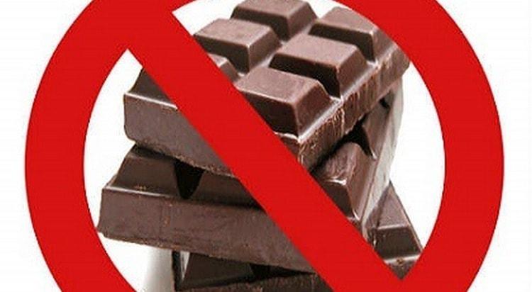 Сладости и шоколад должны быть под запретом.