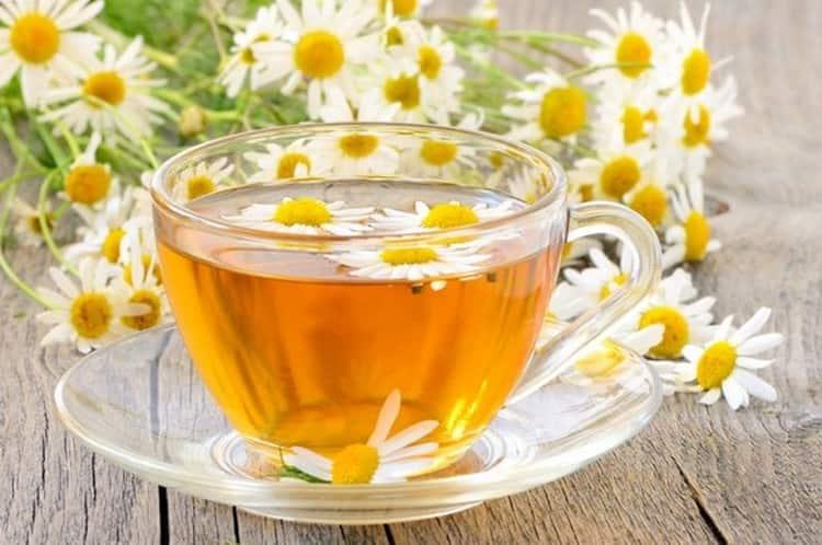 При такой диете можно пить ромашковый чай.