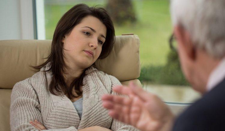 Для больных булимией чрезвычайно важна психологическая поддержка близких.