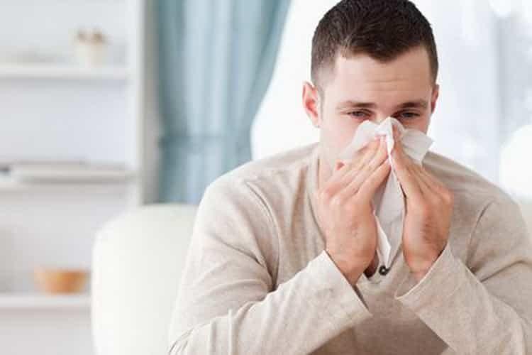 Болячки в носу у взрослого: причины, симптомы и лечение народными средствами
