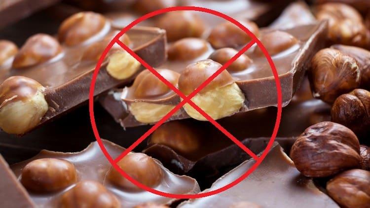 Для профилактики заболевания стоит отказаться от пряностей, шоколада. орехов, некоторых фруктов и ягод.