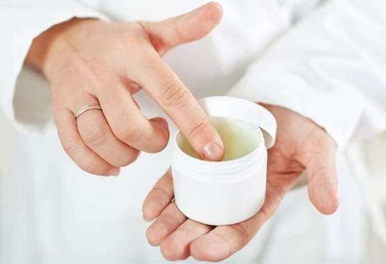 Теперь вы знаете все о полезных свойствах и противопоказаниях к применению травы вероники лекарственной.