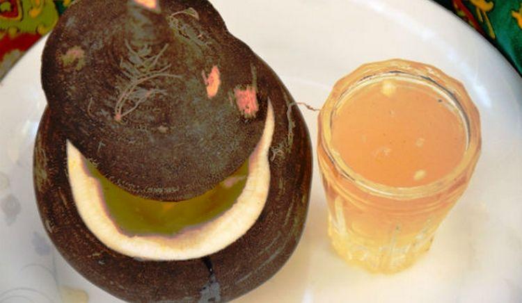 Если говорить о лечении желудочковой экстрасистологии народными средствами, то неплохие результат дает регулярное употребление сока редьки с медом.