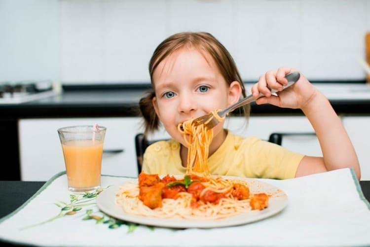 Иссоп также улучшает аппетит.