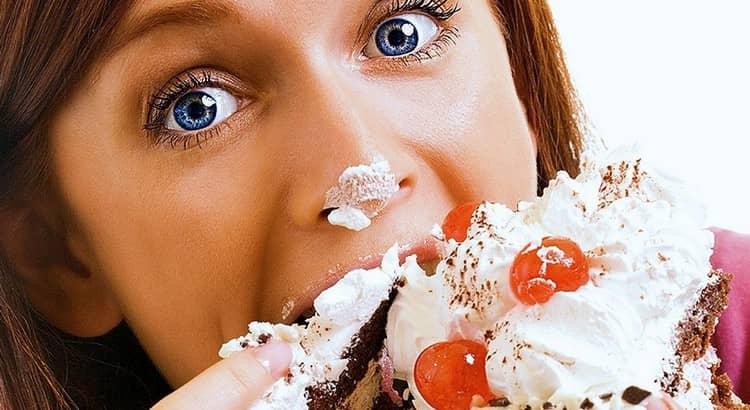 Важно понимать, что на состояние нашей кожи влияет не только использование масок, но и правильное питание, достаточное количество употребляемой жидкости и прочие факторы.