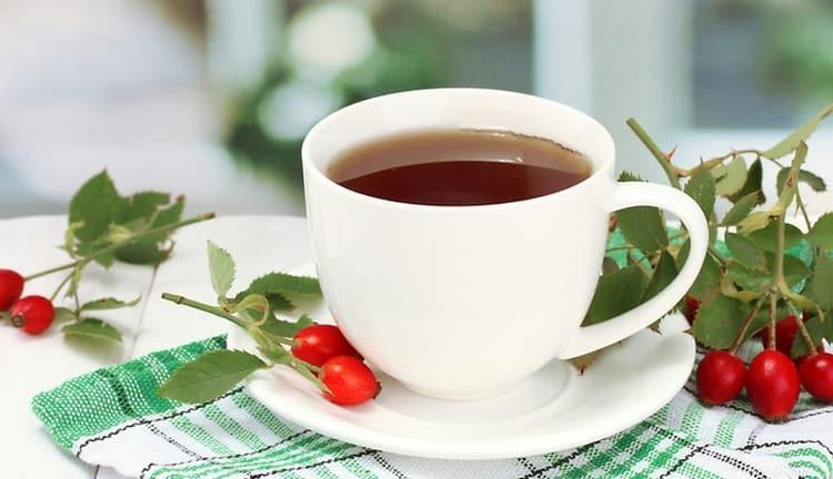 Зная о причинах слабости и сонливости у взрослого, можно применить для их устранения чай на основе трав.