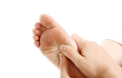 Шипица на ноге