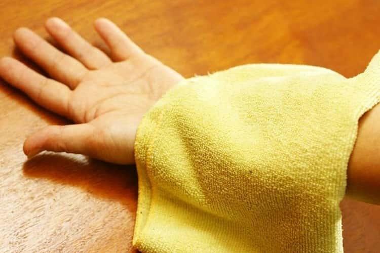 Масло, настоянное на спорыше, помогает лечить раны и кожные заболевания.