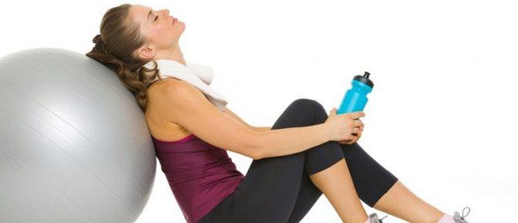 Если влабость и сонливость сопровождает вас не после физической нагрузки или тренировки, стоит задуматься о состоянии своего здоровья.