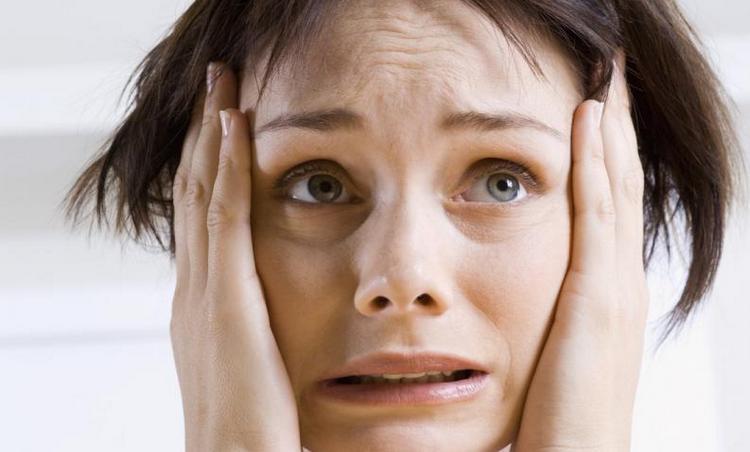 Лечение невроза важно начать как можно раньше, дабы он не усугубился.