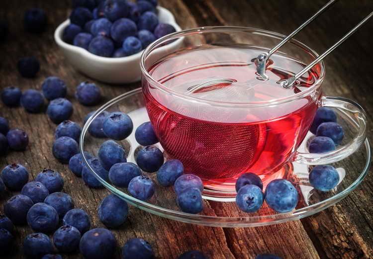 Фруктовый черничный чай при деменции