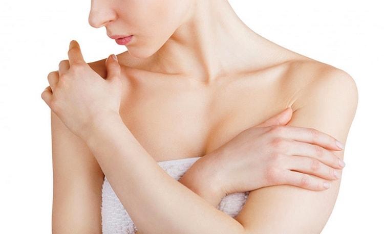 Компрессы из растение делают при раке груди.