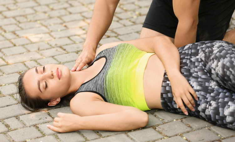 оказание первой помощи при остановке дыхания