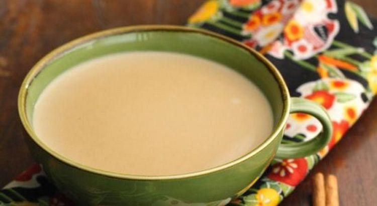 Для лечения булимии принимают также чай на молоке.