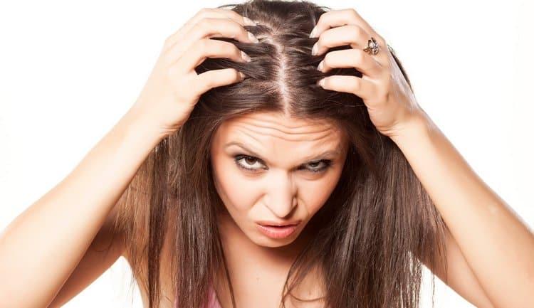 Для волос и избавления от перхоти также можно использовать это растение.