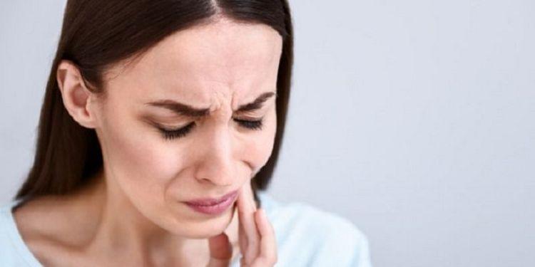 Известна и польза черемухи в борье с зубной болью.