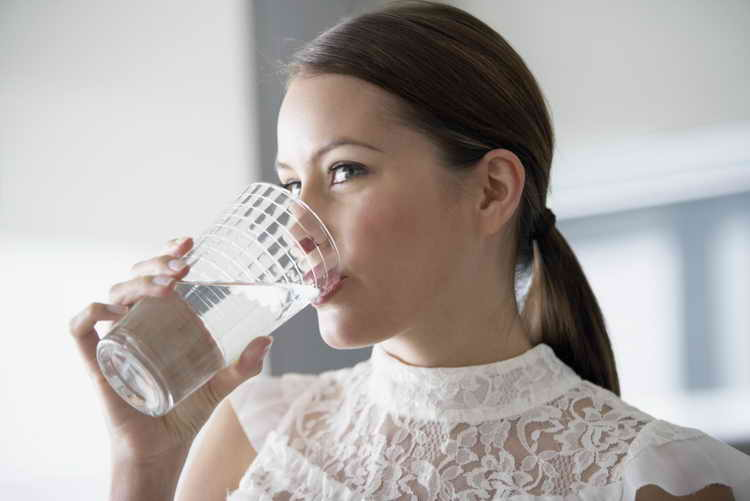 Можно ли пить соду при изжоге: вред или польза?