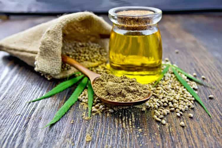 Огромную пользу приносит также масло конопли, обладающие множеством целебных свойств.