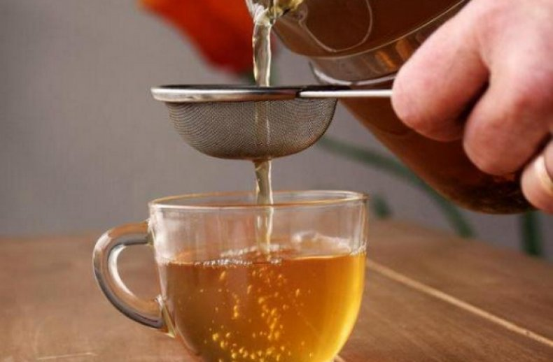Отвар коры дерева пьют в качестве успокоительного средства.
