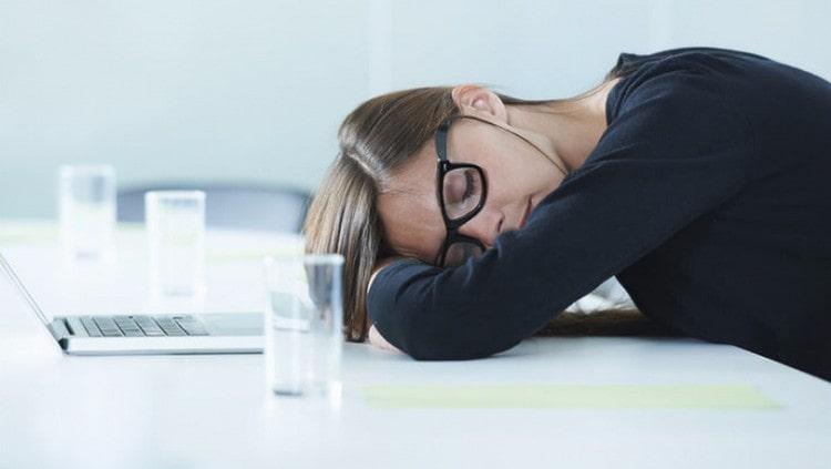 если вы страдаете от постоянной переутомляемости, хронической усталости, это тоже может говорить о заражении паразитами.