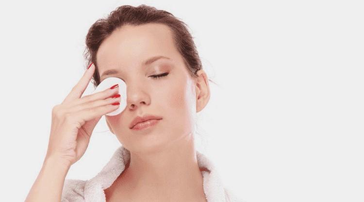 Отваром растения можно промывать глаза при конъюнктивите.