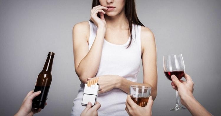 на возникновение стенокардии сильно влияют вредные привычки.