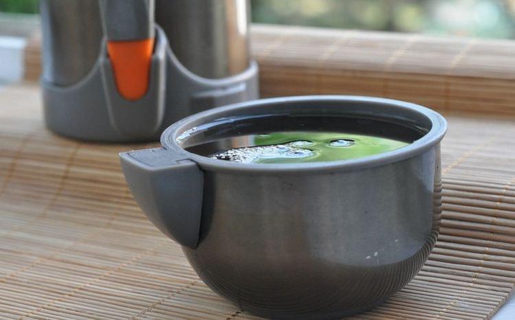 травяные чаи весьма эффективны в борьбе с изжогой.