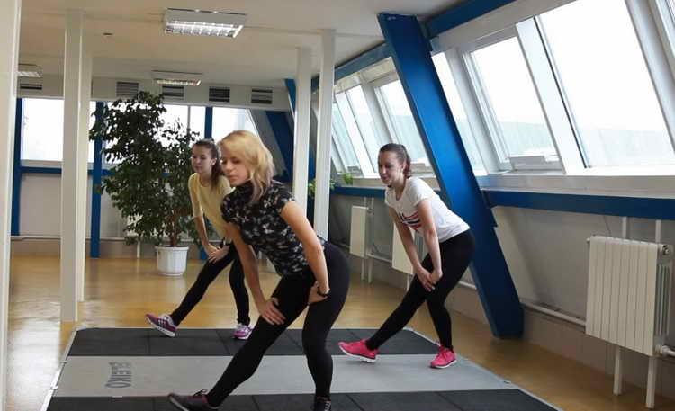 судороги в ногах гимнастика