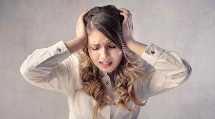 как болит сердце симптомы у женщин