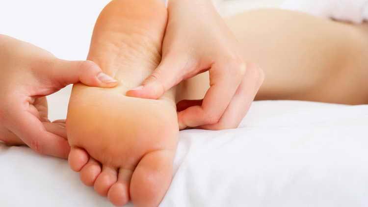 грибок стопы фото симптомы лечение