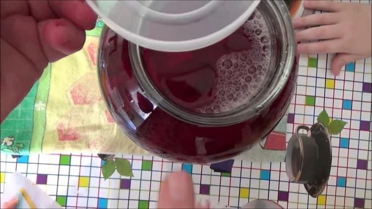 Польза сырой свеклы для организма неоспорима.