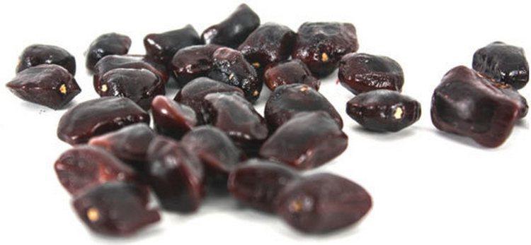 жареные семена тамаринда полезно принимать для борьбы с паразитами.