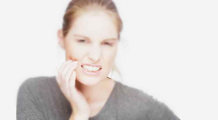 кому нельзя отбеливать зубы