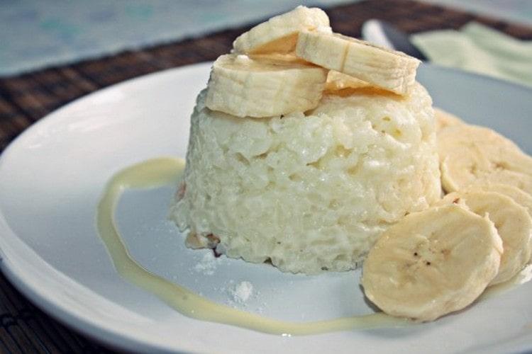 В меню при диете стол номер 4 можно включать рисовые пудинги.