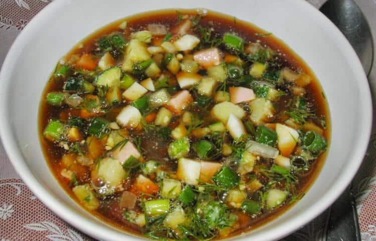 При диете целозию даже употребляют в пищу, добавляя, например, в окрошку.