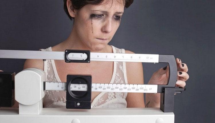 От булимии часто страдают больные анорексией.