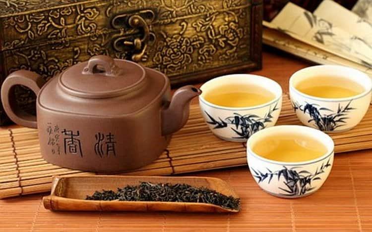 Чтобы зеленый чай приносил только пользу, а не вред для организма, важно правильно его заваривать.