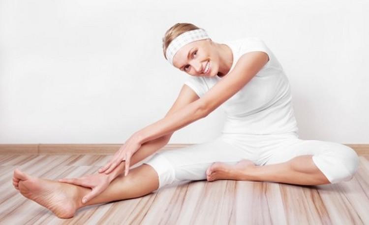 Перед выполнением упражнений важно сделать разминку.
