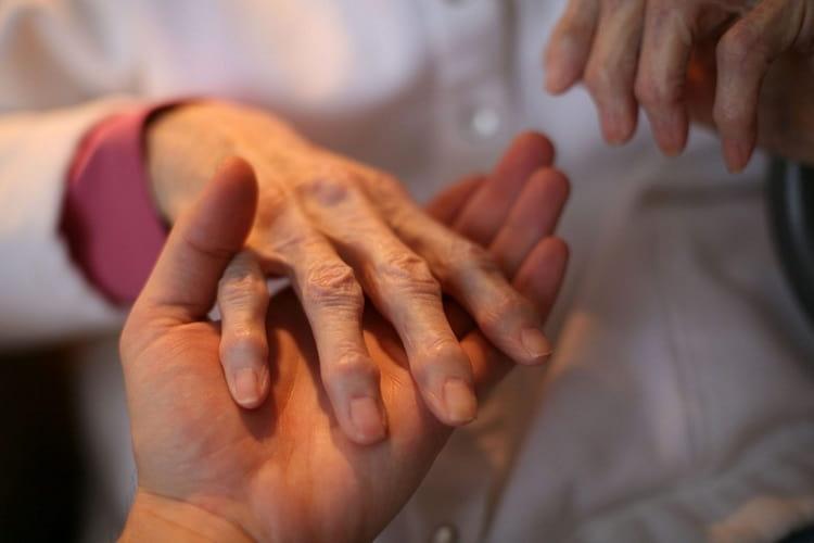 Ревматизм и паралич тоже можно облегчать, применяя препараты на основе княжика.