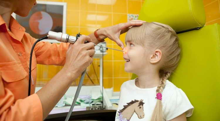 лечение аденоидов у детей без операции комаровский