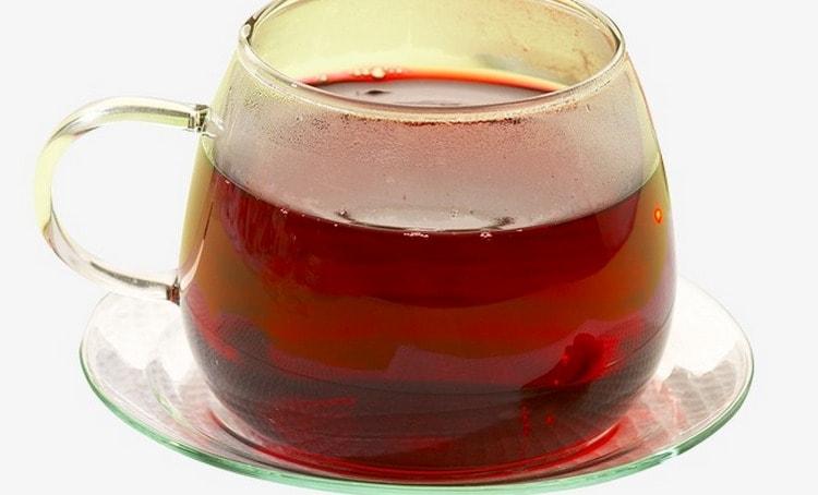 Чай на основе кувшинки и боярышника эффективен при сердечных недугах.
