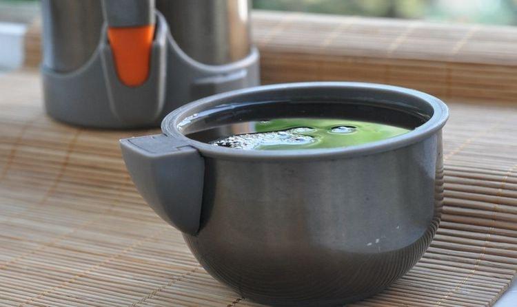 Для облегчения симптомов протекания болезни готовят чаи на травах.