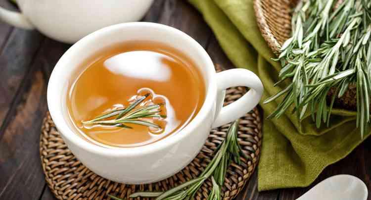 Чем полезен чай из розмарина
