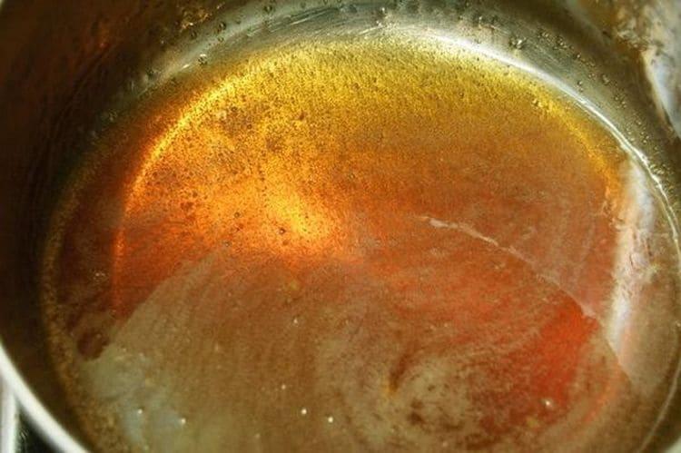 Посмотрите простой рецепт приготовления пасты для шугаринга в домашних условиях.