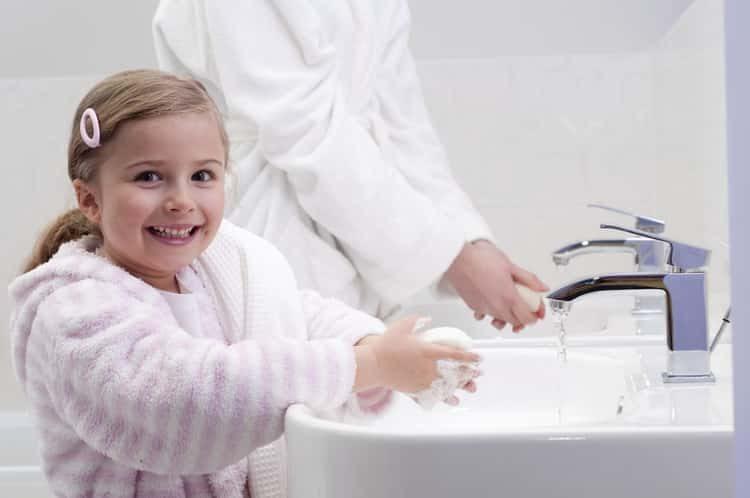 Энтеробиоз у детей: причины, симптомы и лечение народными средствами в домашних условиях
