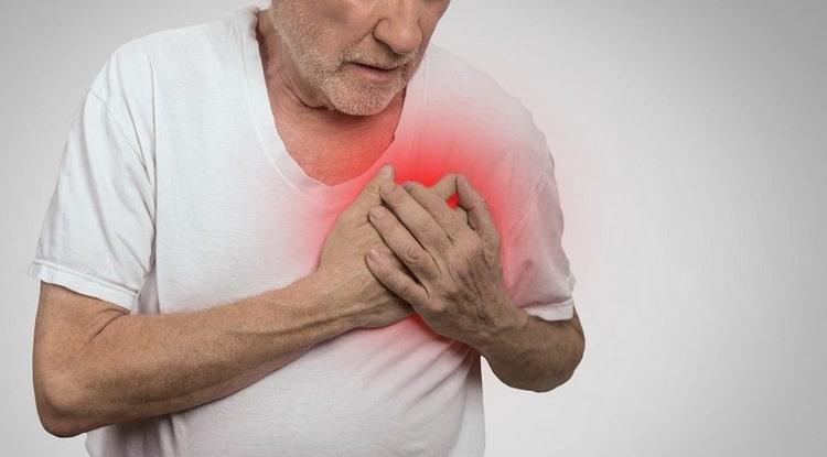 Нередко такая проблема с кишечником связана даже с инфарктом или инсультом.