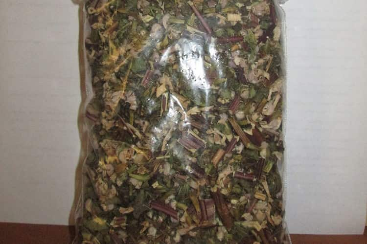 Сушеная трава сохраняет свои целебные свойства на протяжении года.